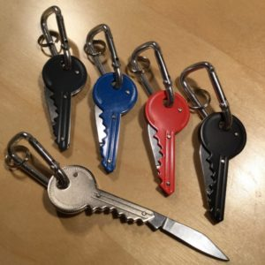 Key Pocket Knife w/Carabiner Key Holder KN001 – Retail Price Shown Below
